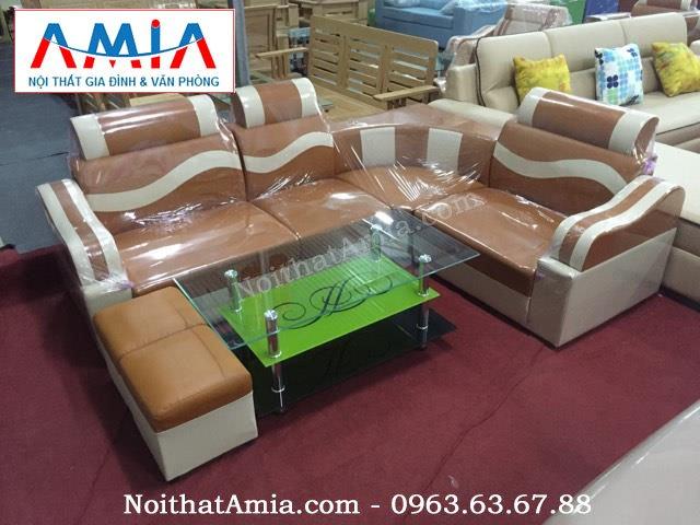 Hình ảnh cho mẫu bàn trà kính kết hợp với mẫu sofa da đẹp hiện đại