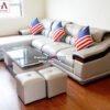Hình ảnh ghế sofa da cao cấp kê phòng khách hiện đại nhà phố, nhà chung cư