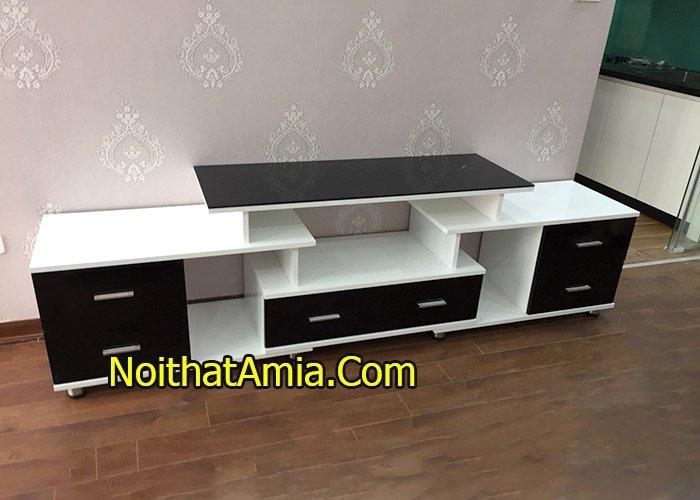 Hình ảnh kệ tivi gỗ sơn trắng mới nhất KTV234