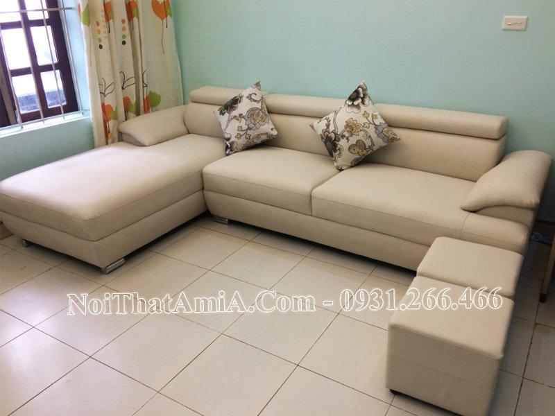 Sofa kê phòng khách nhà phố hiện đại amia 093
