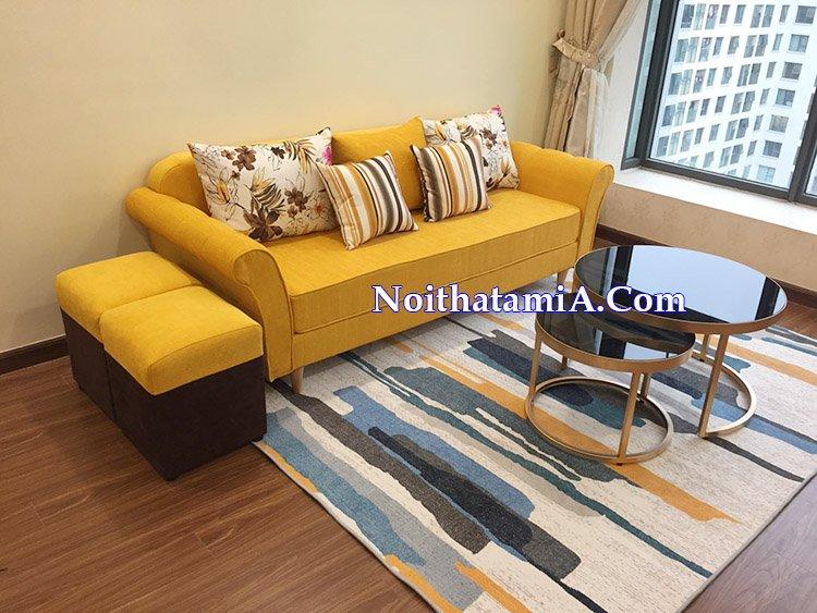 Mẫu ghế sofa văng nỉ màu vàng nổi bật SFN216 tại nhà khách hàng