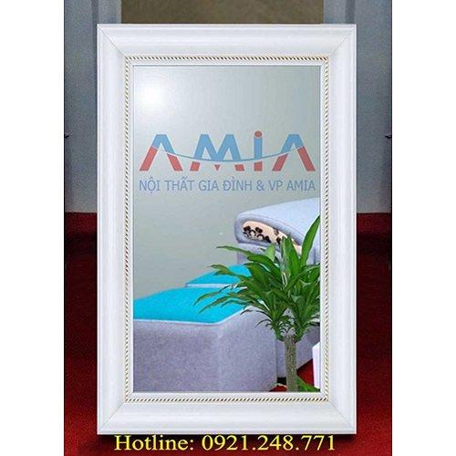 Hình ảnh thực tế gương soi trang trí khung gỗ tại kho nội thất AmiA