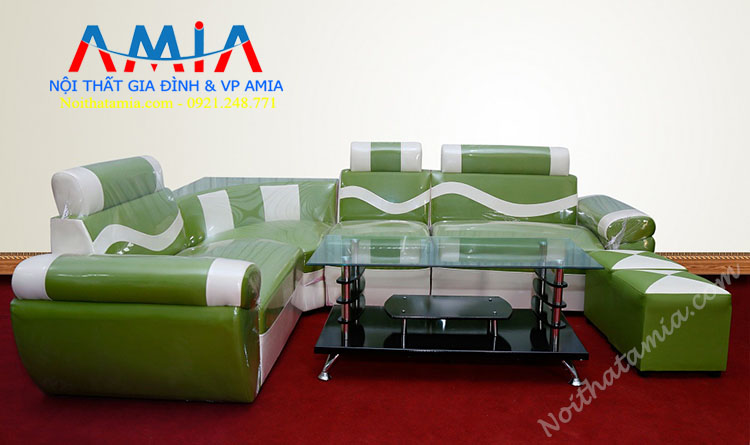 Sofa goc mau xanh hop nha pho
