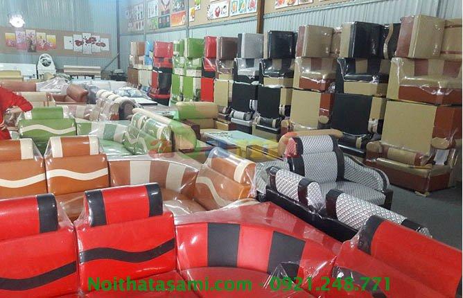 Hinh anh xuong kho mua ban sofa goc gia re 300 NGuyen Xien